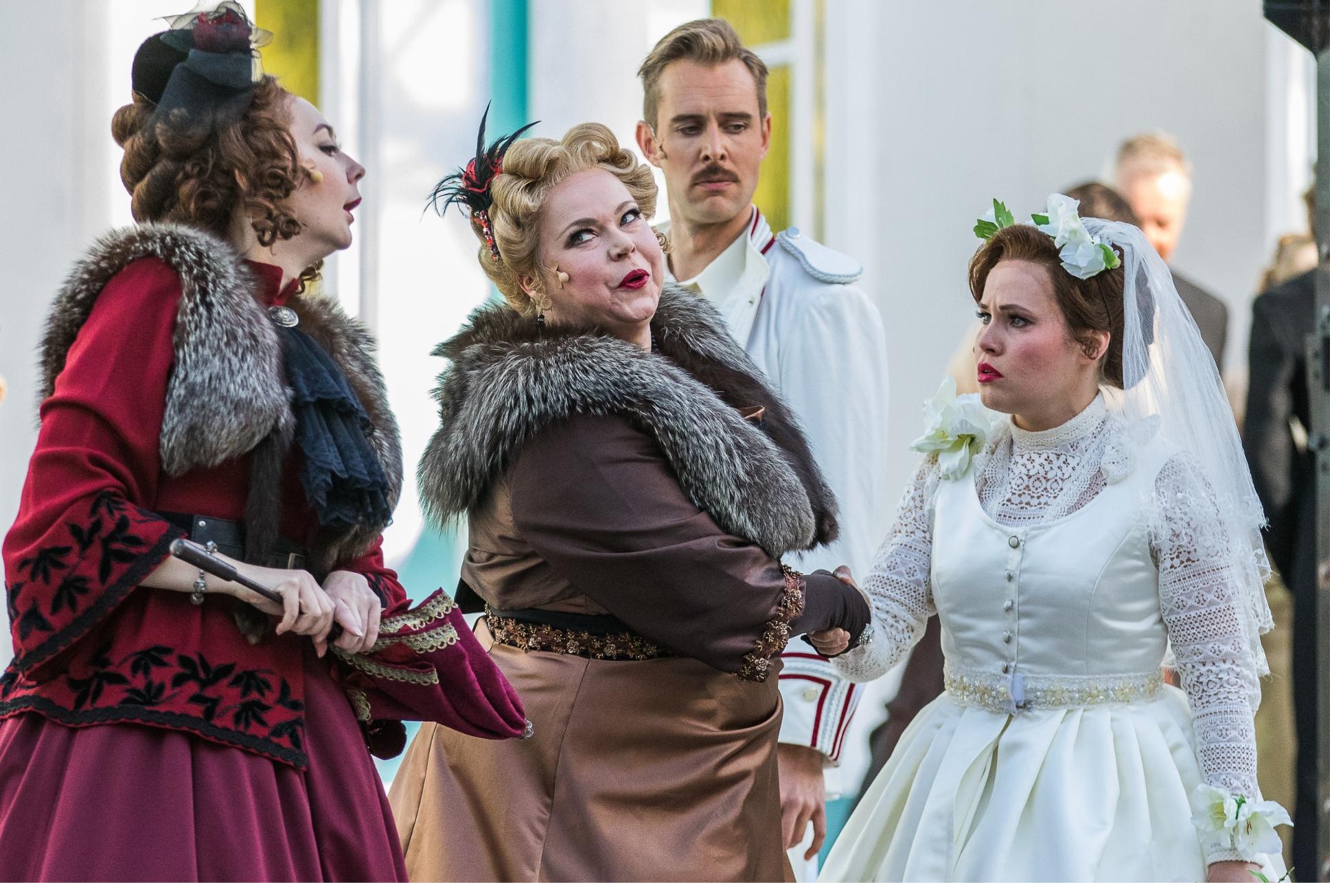 mannerheim oopperan esityksestä